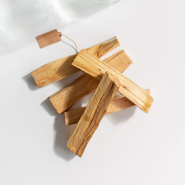 palo-santo-lemn-sfant-aromaterapie